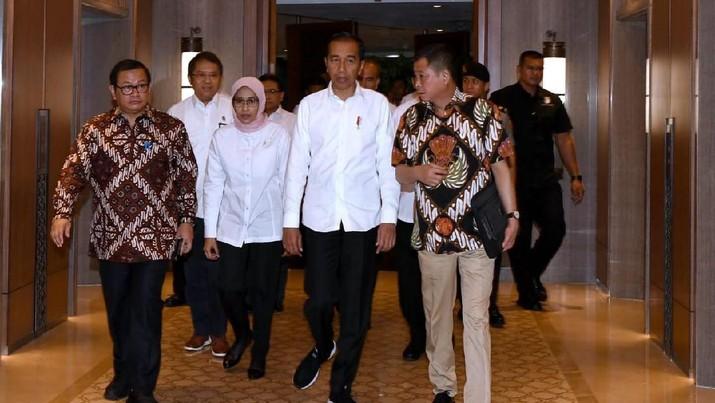 Misi Jokowi Lewat APBN: Produk Lokal Kuasai Mal Luar Negeri