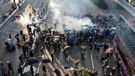 Takuti Pedemo Hong Kong, Polisi China Latihan di Perbatasan