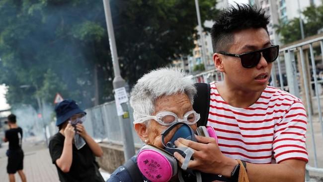 Berawal dari penolakan rancangan undang-undang ekstradisi, demonstrasi tersebut berkembang dengan tuntutan untuk membebaskan diri dari China. (REUTERS/Tyrone Siu)