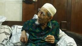 Mbah Moen Dimakamkan di Makkah