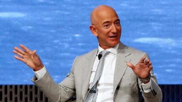 Penerbangan Luar Angkasa Jeff Bezos Lebih Bahaya dari Branson thumbnail