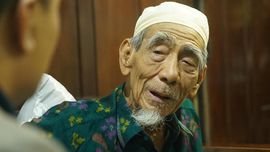 Ma'ruf Berharap Umat Islam Ikuti Jejak Mbah Moen
