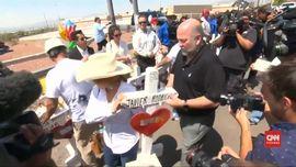 VIDEO: Warga AS Mengenang Korban Penembakan El Paso