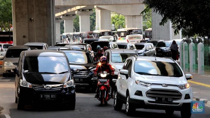 Pemerintah Provinsi DKI Jakarta memutuskan untuk memperluas sistem ganjil-genap dari sembilan ruas jalan menjadi 25 ruas jalan.