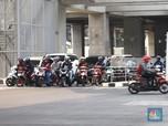 Ganjil Genap Berlaku Besok, Bagaimana Nasib Sepeda Motor?