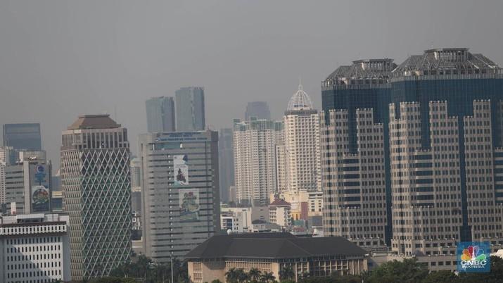 Tak semua kantor wajib tutup saat PSBB di DKI Jakarta.