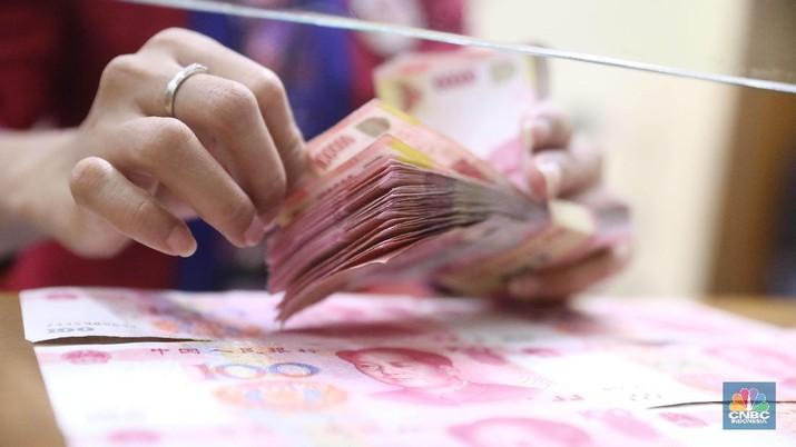 Negara tirai bambu, China tengah gencar memberikan pinjaman dana atau utang ke sejumlah negara.