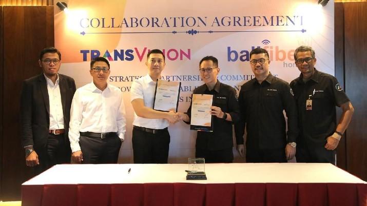 Kolaborasi kedua pihak menghadirkan paket Combo Balivision, paket bundling TV berlangganan dan internet.