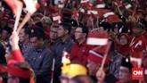Salah satu sosok yang merebut perhatian banyak orang di Kongres V PDIP adalah Basuki Tjahaja Purnama yang saat ini telah terdaftar jadi kader PDIP. (CNN Indonesia/Safir Makki)
