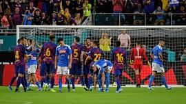 Barcelona Kalahkan Napoli 2-1
