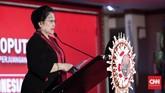 Megawati Soekarnoputri saat memberikan pidato di Kongres V PDIP. Dalam pidatonya, Megawati menyinggung banyak hal, dari jatah menteri untuk PDIP hingga kemenangan PDIP di Pileg 2019. (CNN Indonesia/Safir Makki)