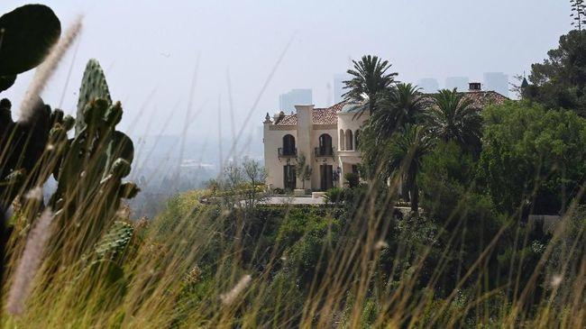Sisi Gelap Pembunuhan Manson Bikin Turis Penasaran