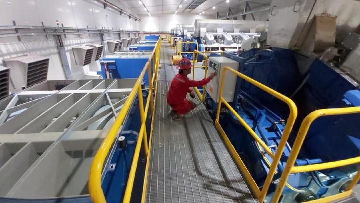 PLTD ini merupakan pembangkit cadangan untuk memenuhi kebutuhan listrik Moda Raya Terpadu (MRT).