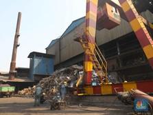 Polusi Jakarta, Anies Ancam Cabut Izin Pabrik Bercerobong