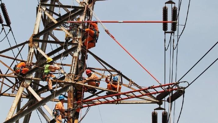 PT PLN (Persero) kembali membuka lowongan pekerjaan tingkat S1/D-IV dan D-III.