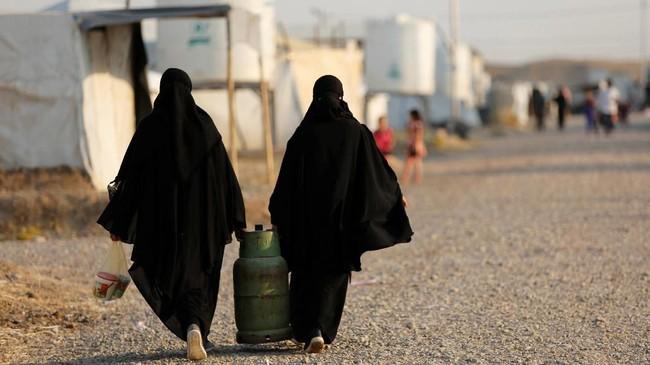Karena kehidupan ekonomi yang tidak menentu di Mosul menyebabkan penduduk setempat yang sudah pulang memilih kembali ke kamp pengungsian (REUTERS/Abdullah Rashid)