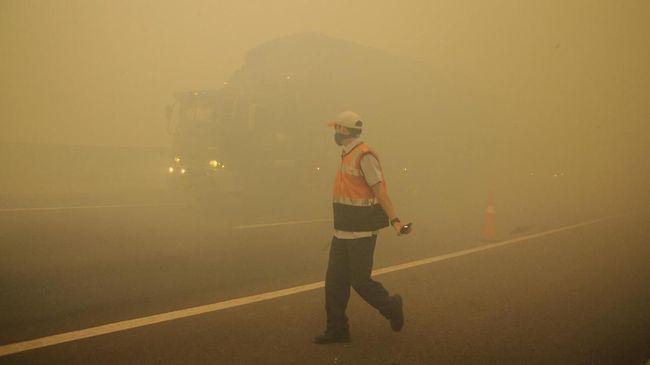 Kabut Asap Menebal di Palembang, Jarak Pandang 700 Meter