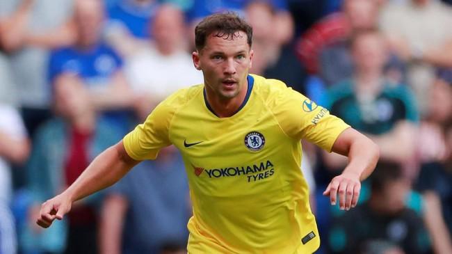 Burnley berhasil mendapatkan gelandang Chelsea Danny Drinkwater dengan status pinjaman hingga Januari 2020. Drinkwater gagal menjadi pilihan utama di skuat The Blues. (Reuters/Andrew Couldridge)