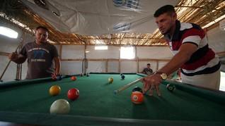 FOTO: Terpikat Kehidupan di Kamp Pengungsian Mosul