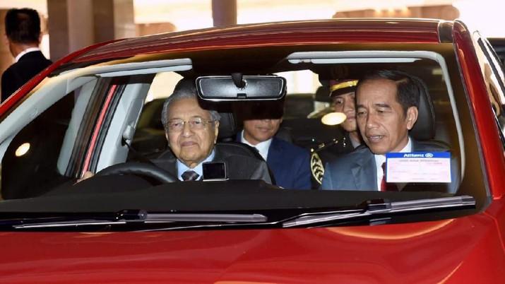 Jokowi, Mahathir & Erdogan Sepanggung di KL, Ngapain?