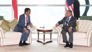 Mahathir Mohamad dan Lee Hsien Loong Hadiri Pelantikan Jokowi