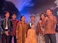 VIDEO: Iwan Fals dan Once Meriahkan Gala Premier Bumi Manusia