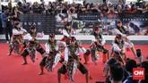 Gala Premier film Perburuan dan Bumi Manusia diadakan di Surabaya Town Square, Jawa Timur, Jumat (9/8). (CNNIndonesia/Agniya Khoiri)