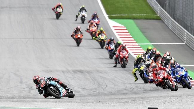 Pebalap Petronas Yamaha Fabio Quartararo sempat memimpin balapan selama enam lap. (AP Photo/Kerstin Joensson)