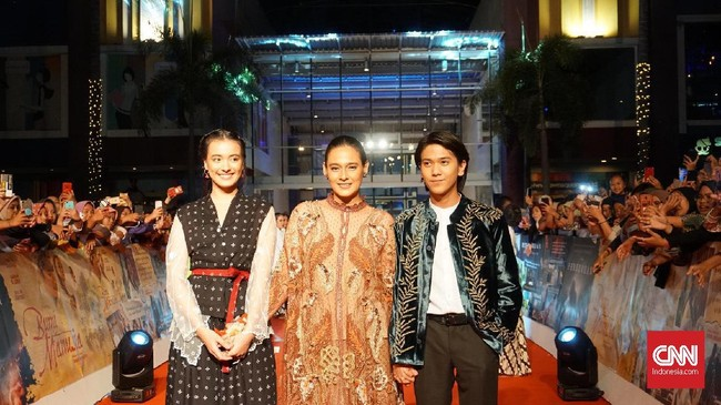 Film Bumi Manusia dan Perburuan dijadwalkan tayang bersamaan pada 15 Agustus 2019. (CNNIndonesia/Agniya Khoiri)