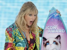 Warna-Warni Taylor Swift di Teen Choice Awards 2019