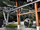 Parah! Kabel Diputus, 30 Kereta Gantung di Kanada Jatuh