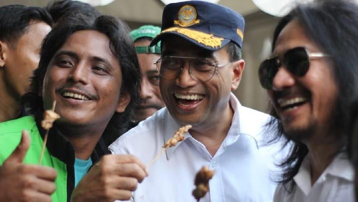 Mitra Gojek Rayakan Idul Adha Bersama Menteri Perhubungan.