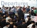 Terjebak di Bandara, Penumpang Dukung Pedemo Hong Kong