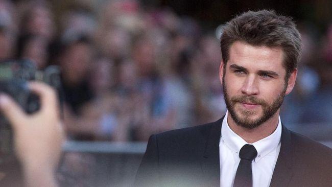 Liam Hemsworth Frustrasi Hadapi Tingkah Miley Cyrus