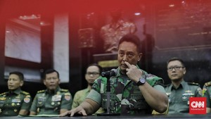 KSAD Sebut Istri TNI yang Nyinyir ke Wiranto Punya Jabatan