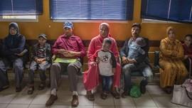 FOTO: Anak-anak yang Tak 'Mengejar' Matahari