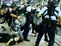 FOTO: Aksi Polisi Bubarkan Pedemo di Bandara Hong Kong