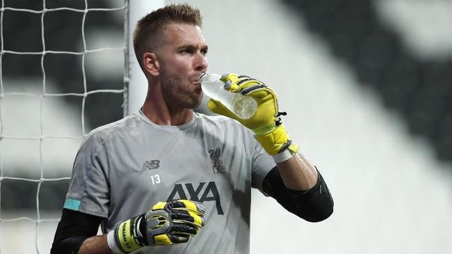Adrian bakal ditempatkan menjadi penjaga gawang utama Liverpool karena Alisson Becker mengalami cedera. (AP Photo/Thanassis Stavrakis)