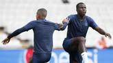 Kurt Zouma bakal menjadi pemain yang akan diandalkan di lini belakang Chelsea. (AP Photo/Thanassis Stavrakis)