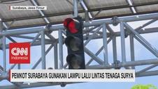 VIDEO: Lampu Lalu Lintas Tenaga Surya di Surabaya