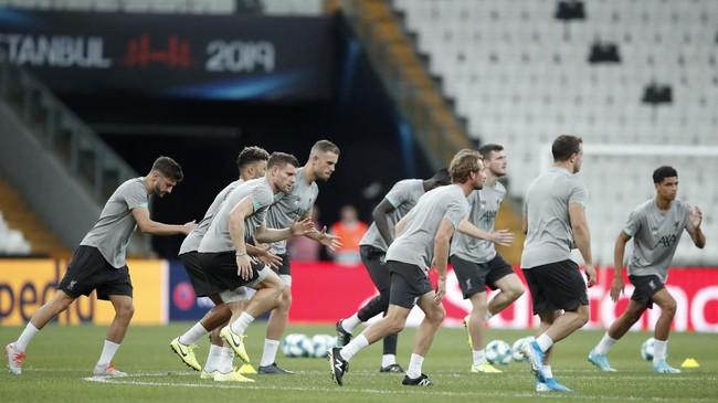 Skuat Liverpool tidak mengalami banyak perubahan. Pemain-pemain yang turut mengantar Liverpool menjadi juara Liga Champions masih menjadi andalan. (AP Photo/Thanassis Stavrakis)