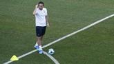 Frank Lampard memiliki pengalaman melatih klub Derby County sebelum menangani Chelsea sebagai pengganti Maurizio Sarri. (AP Photo/Lefteris Pitarakis)