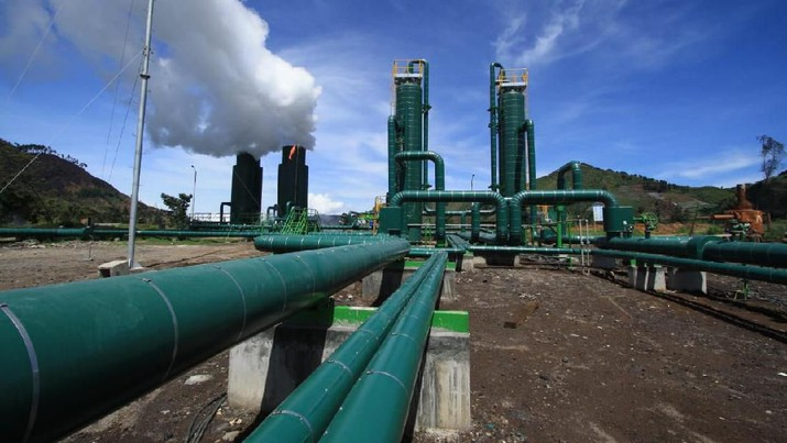 Pelaku usaha panas bumi mengakui pengembangan listrik berbasis geothermal di Indonesia terhitung lambat, karena tarik-ulur skema tarif.