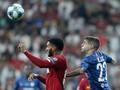 Wajah Bek Liverpool Luka Usai Insiden dengan Sterling