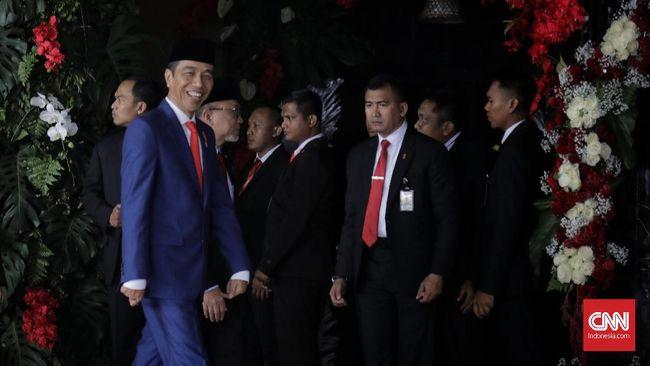 Jokowi Ingin 'Putar Balik' Avtur dari Importir jadi Eksportir