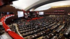 Bamsoet Akhiri Sidang Tahunan dengan Pantun Rebutan Menteri