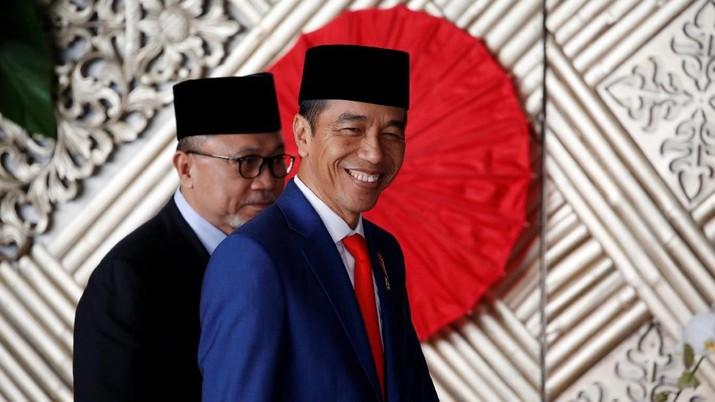 Presiden Joko Widodo (Jokowi) menilai ukuran kinerja para pembuat peraturan perundang-undangan, termasuk pemerintah, harus diubah.