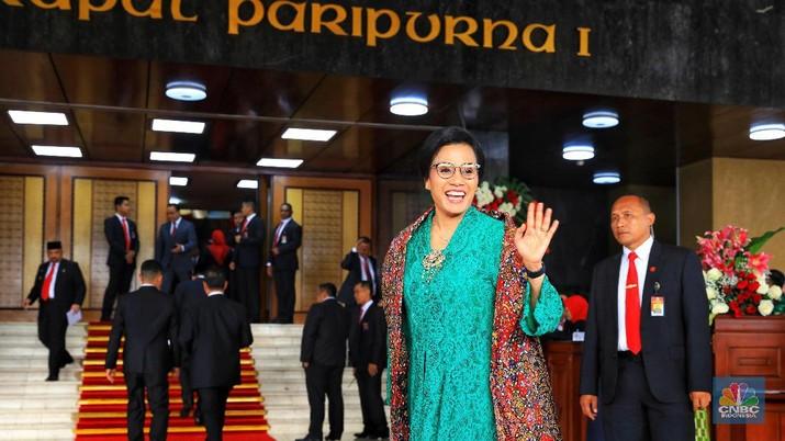 Senyuman Sri Mulyani Saat Ditanyakan Kesiapan Jadi Menteri Lagi
