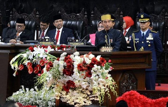 Efektifkah ambisi Jokowi untuk membentuk holding BUMN?