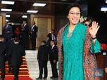Cerita Designer di Balik Tampilan Kebaya Hijau Sri Mulyani